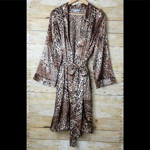 Morgan Taylor Cheetah Robe